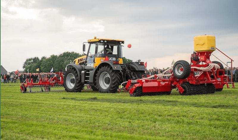 Grass Profi Nachsämaschine, gezogene Ausführung mit Frontstriegel