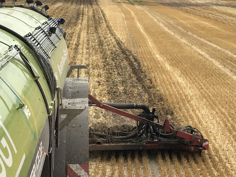 Der Tribus Injektor kann sowohl auf Ackerland, zur Stoppelbearbeitung als auch auf Grünland eingesetzt werden.